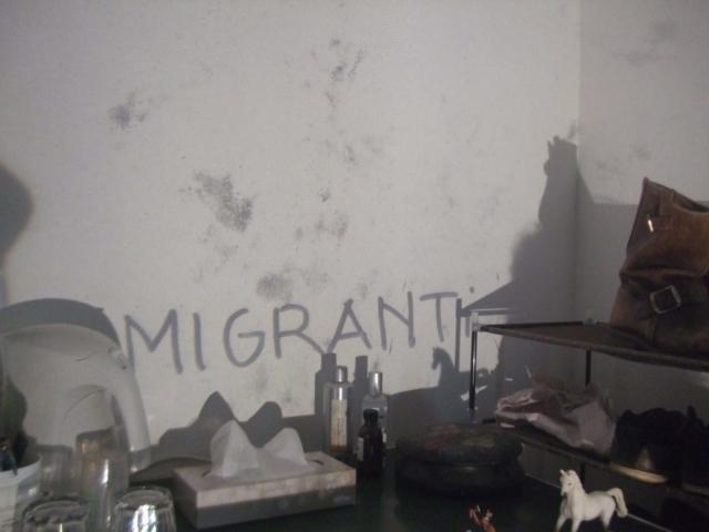 Migranti installazione